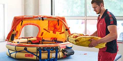 How we contribute to your travel safety by maintaining life rafts