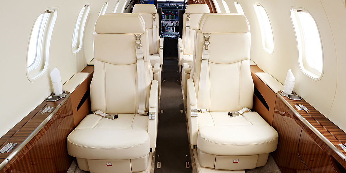 Aero-Dienst Learjet 45XR forward cabin