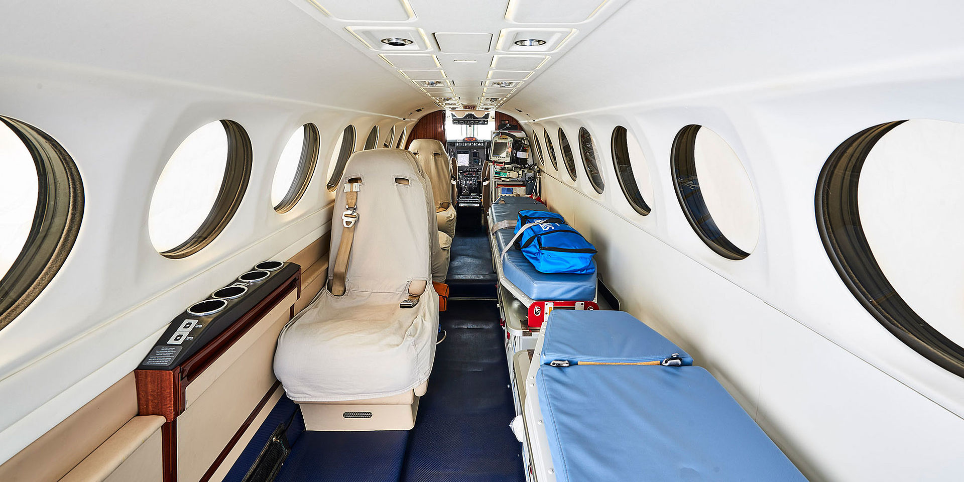 For sale: King Air FL-504 Ambulance frontview